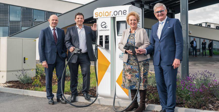 energie-leuchtturmprojekt-solar-one-eroeffnet